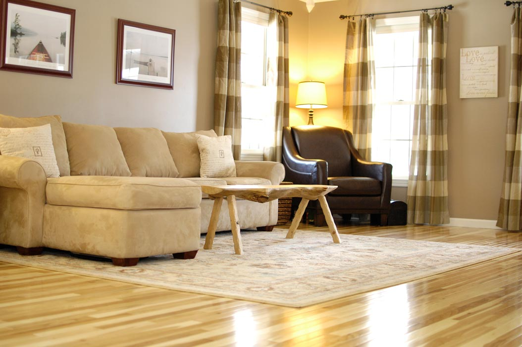 flooring materials for living room hickory-floor-living-room-cu IYNKSBD