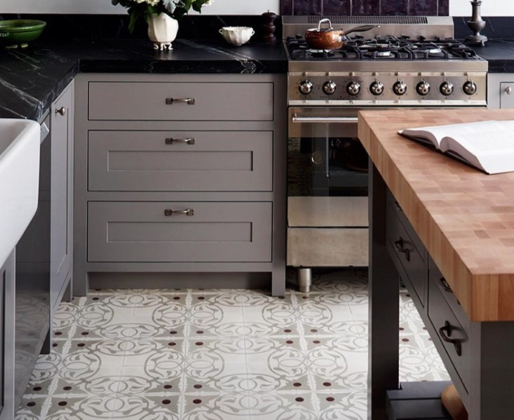 flooring tile in kitchen kitchen flooring ideas and materials - the ultimate guide RHYWHKN