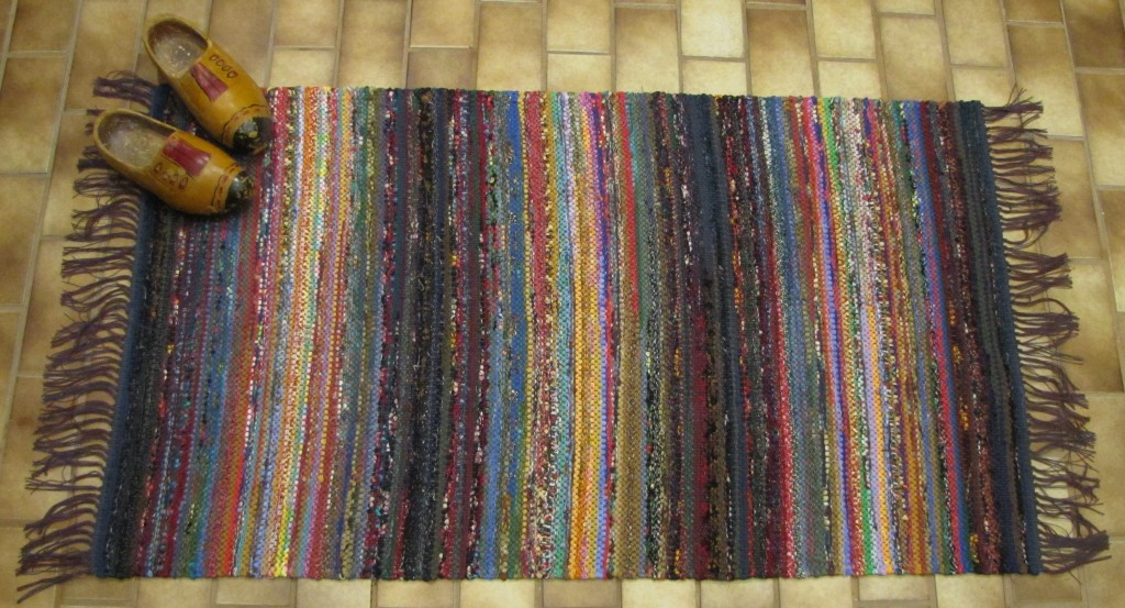 image of: hand woven rugs from mexico OOKGHSC