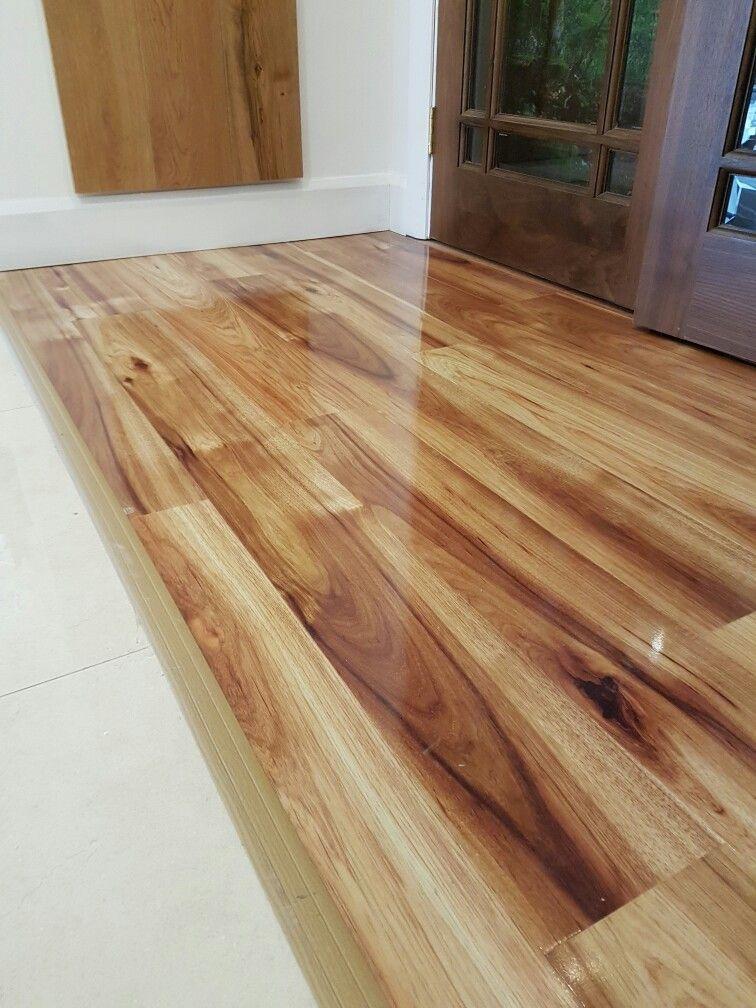 kaindl hickory high gloss laminate flooring by murphy larkin JAQSVRP