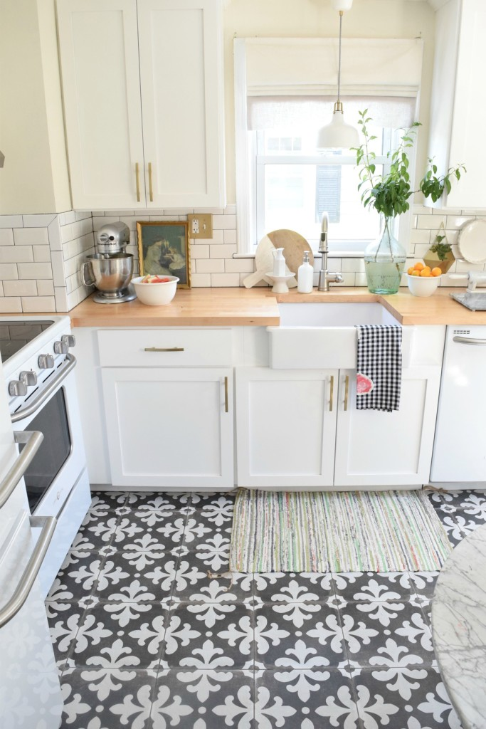 kitchen tile flooring 6. small pattern EDNGHJF