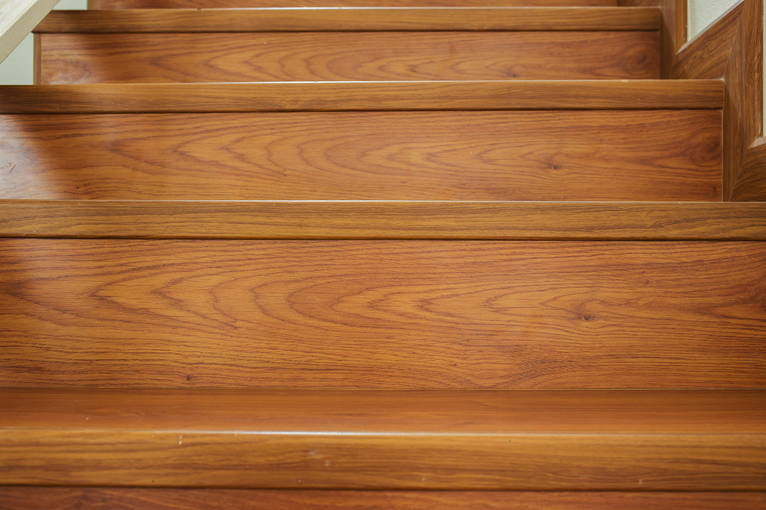laminate flooring on stairs laminate flooring stairs can be pretty durable DSQVGDE