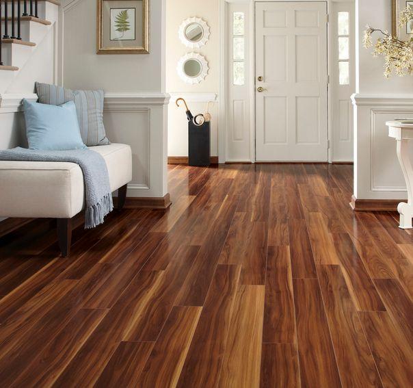 Enjoy the warmth of laminate wood floor
