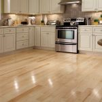 Features of maple wood flooring