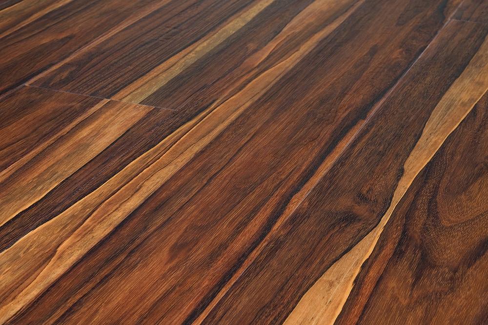 plank flooring 10078892-pecan-42mm-angle-new HVTODVS