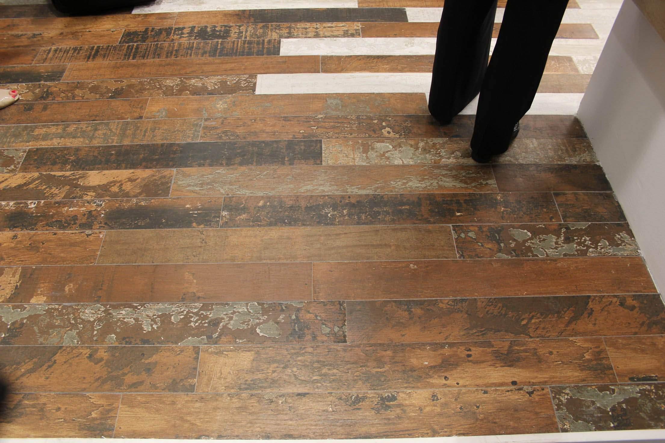 Rustic wood floor tile modern concept rustic wood floor tile til on coastal farmhouse wood look tile XLIFHDL