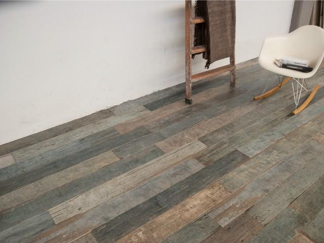 Rustic look dÉcor with wood floor tile