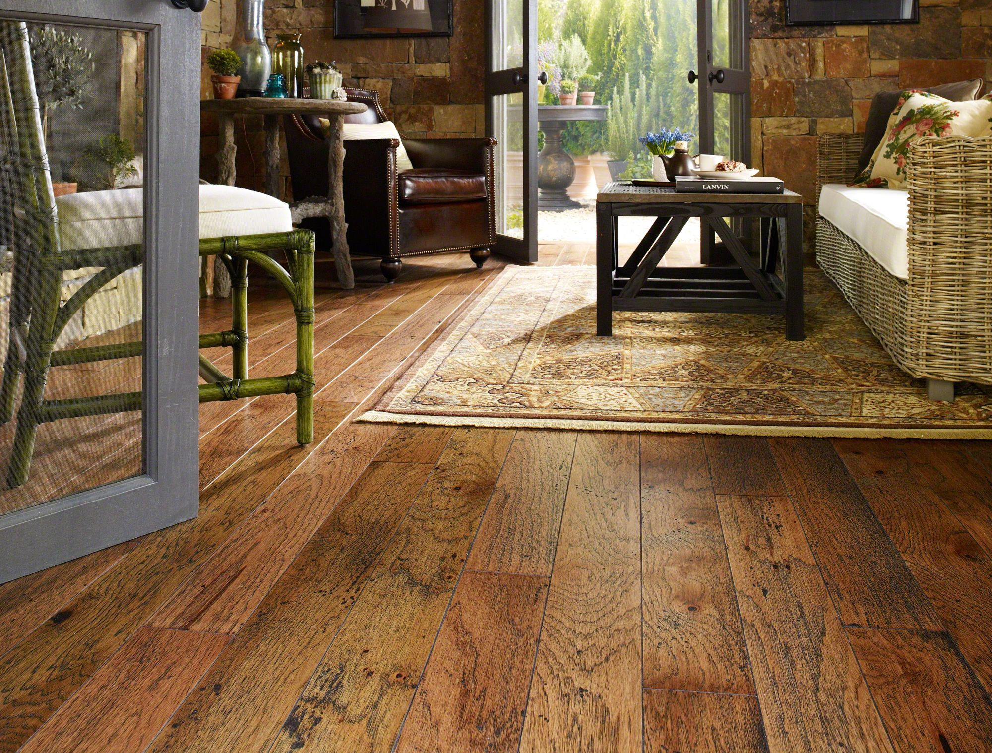 Selecting suitable shaw hardwood flooring