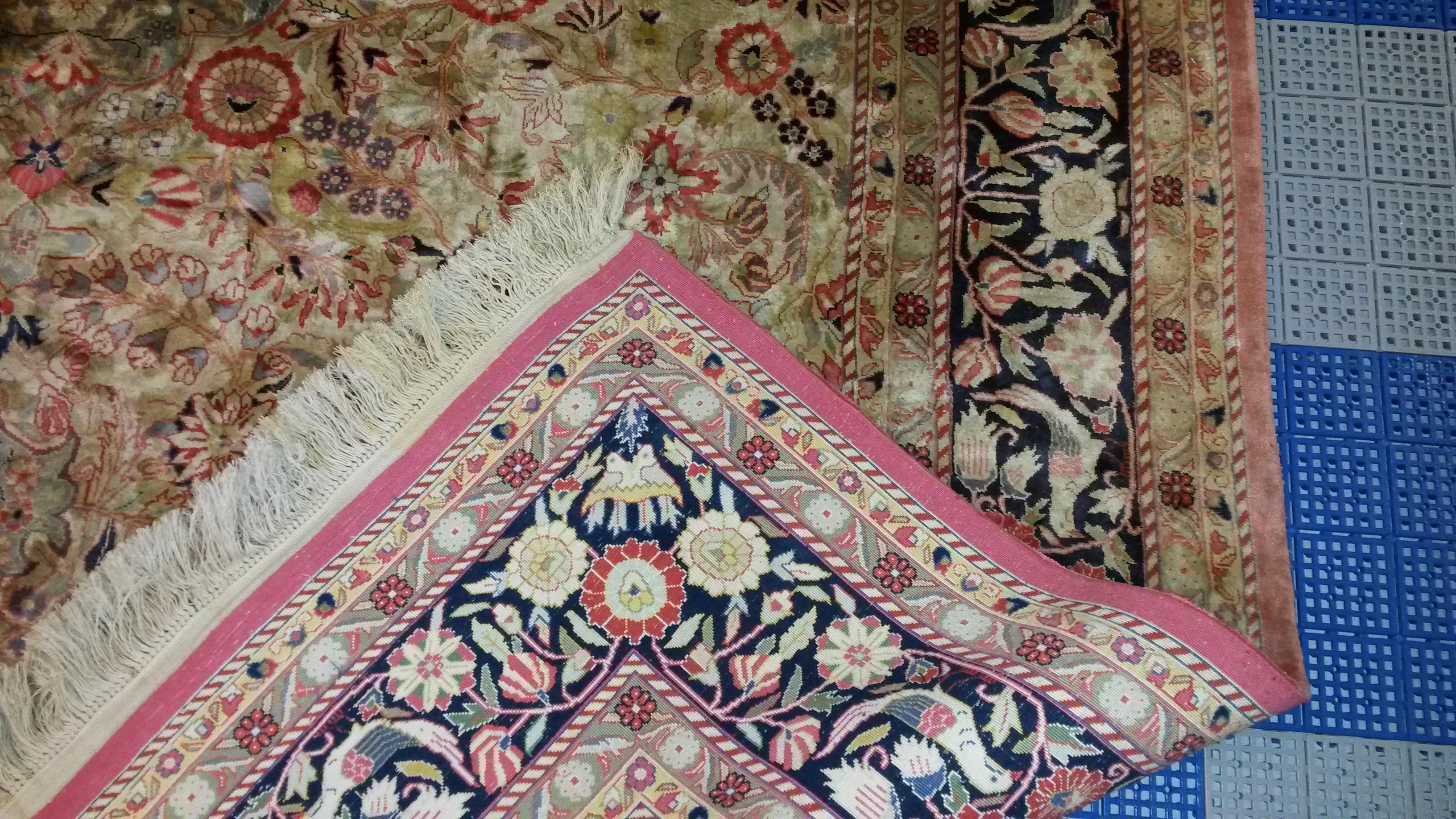 silk rugs color fading on artificial silk rug. VQBVYZA