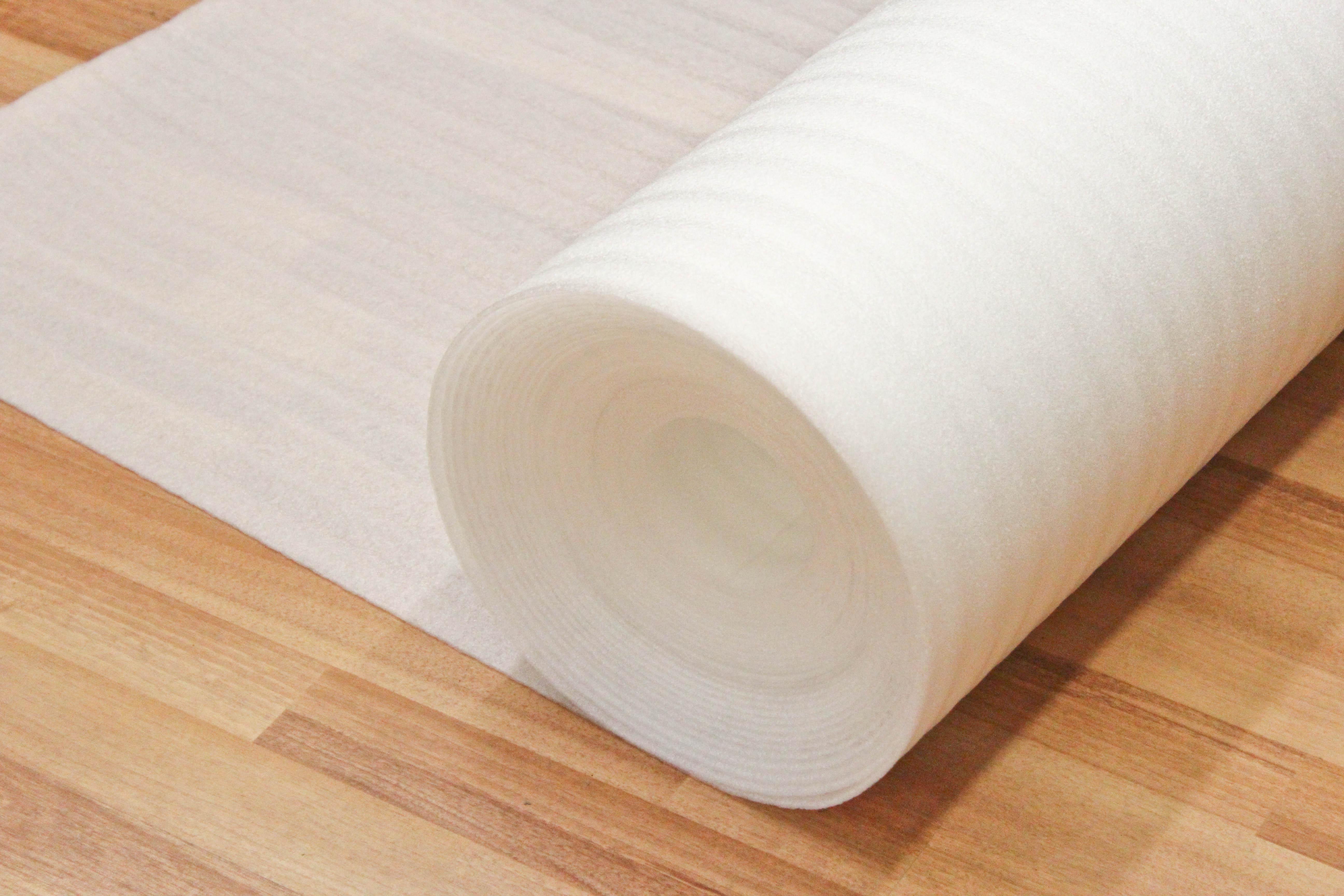Installing underlay for laminate flooring