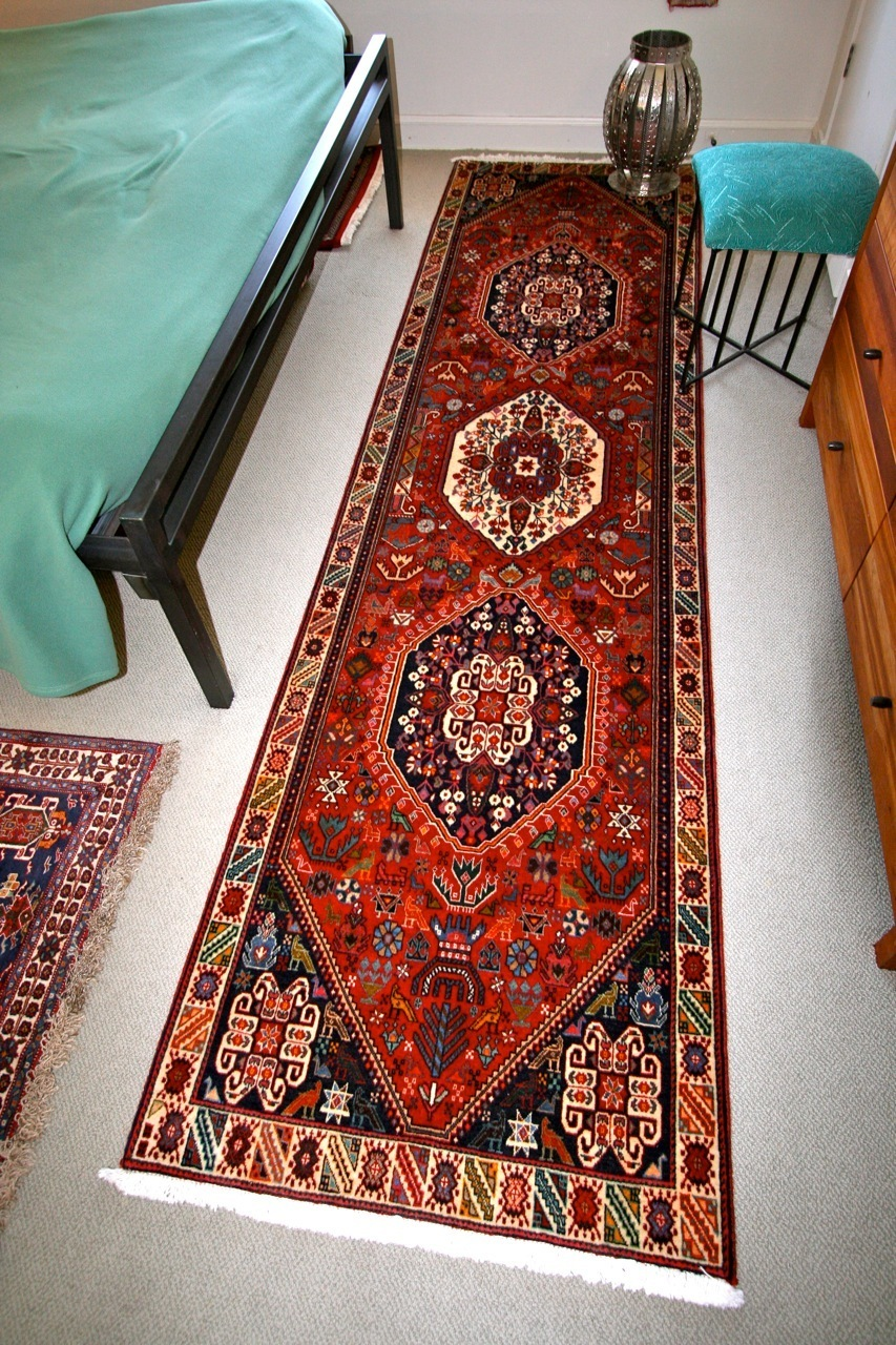 using runner rugs in bed room HHHLAVF
