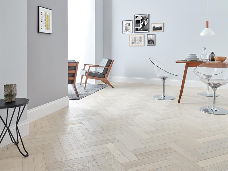 white wood flooring in parquet style RNSPMUY