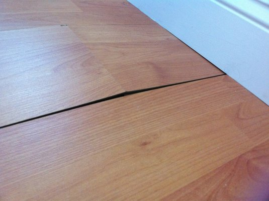 wholesale laminate flooring photo of affordable laminate flooring over 1000 ider om discount laminate  flooring BOVWLST