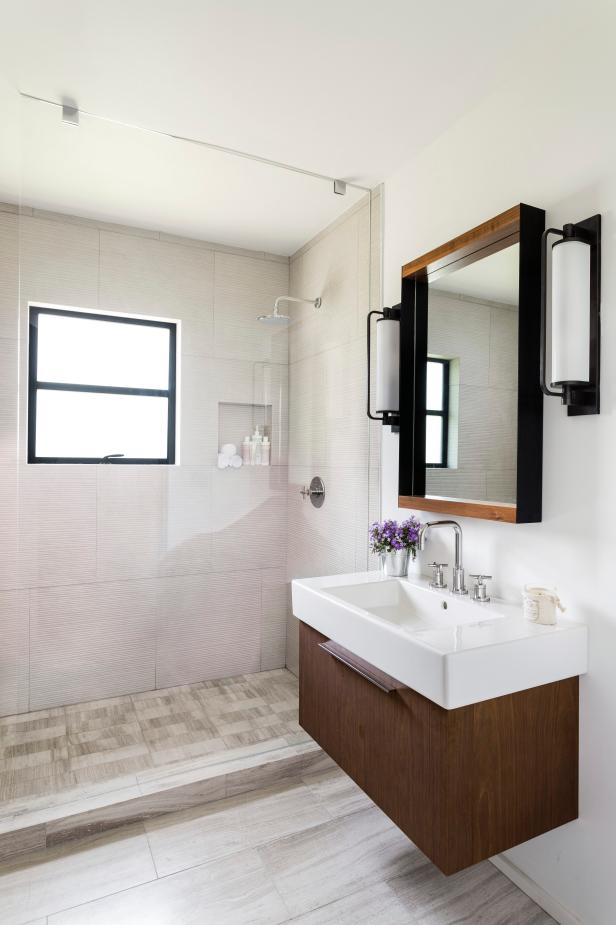 Enhance bathroom with bathroom renovation ideas
