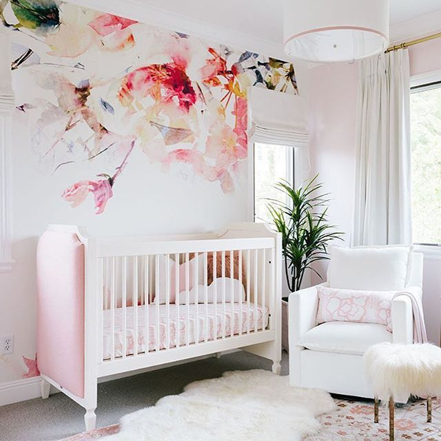 Girl Nursery Ideas for a Practical and Comfortable Room