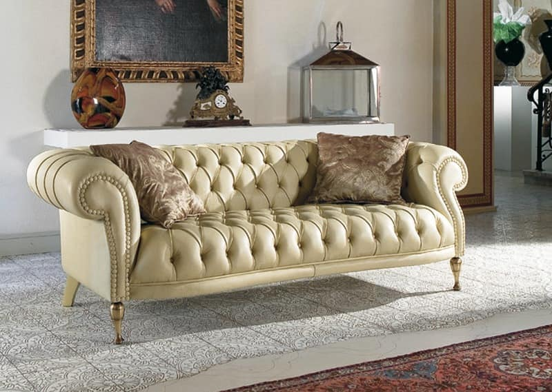 Quilted classic sofa for living rooms | IDFdesign