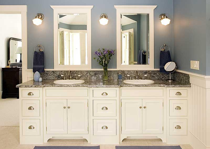Custom bathroom vanities: photos and products ideas
