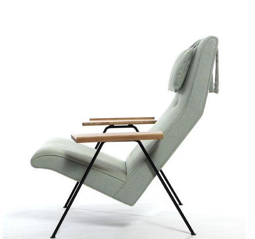 Designer Robin Day's Retro Chair Wins Wallpaper Award of Year