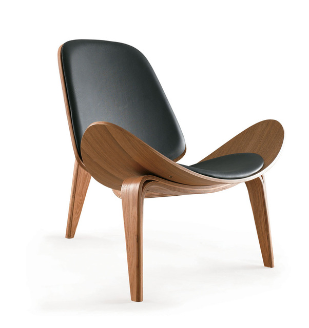 Use of the design of chairs for a classy   look