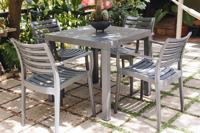 How to Buy Patio Furniture (And Sets We Like for Under $800
