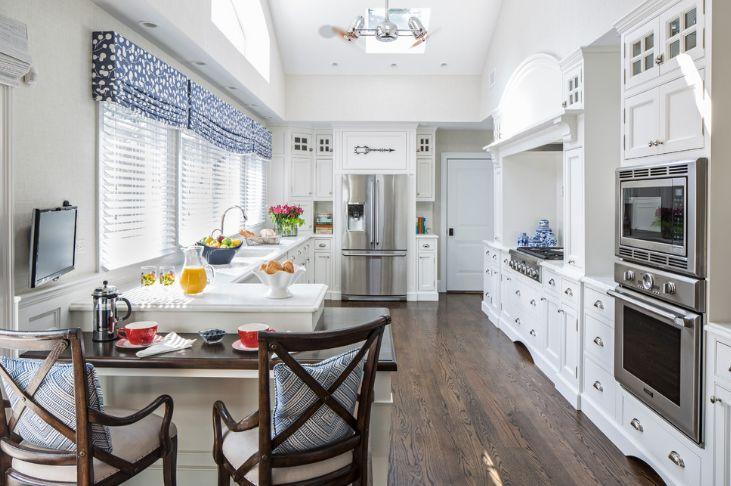 These 20 Kitchen Curtains Will Lighten, Brighten and Restyle Instantly!