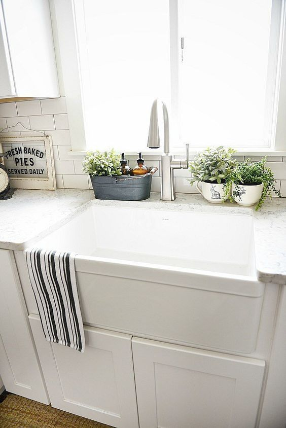 10 Ways to Style Your Kitchen Counter Like a Pro | kitchen ideas