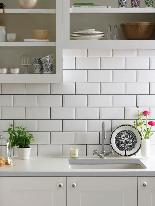 Subway tiles with dark grout for definition - THIS for my kitchen