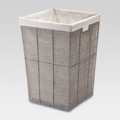 Important Criteria for Selecting a   Laundry Hamper