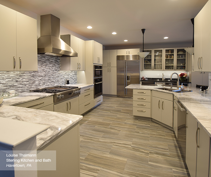Modern Kitchen with Light Grey Cabinets - MasterBrand