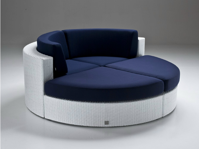 Style Roundup u2013 Decorating With Round Sofas And Couches