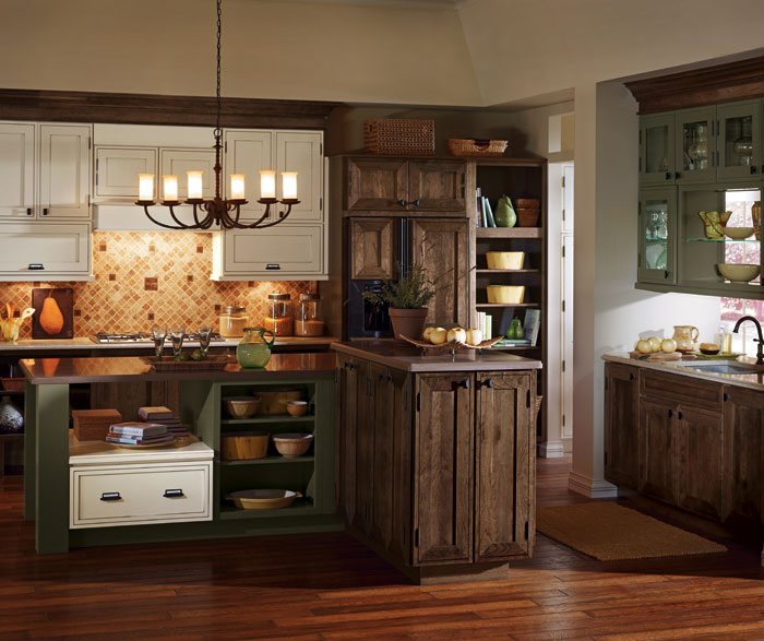 Rustic Kitchen Cabinets - Decora Cabinetry