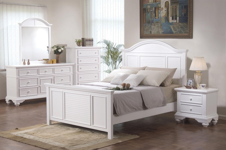 White shabby chic bedroom furniture | Devine Interiors