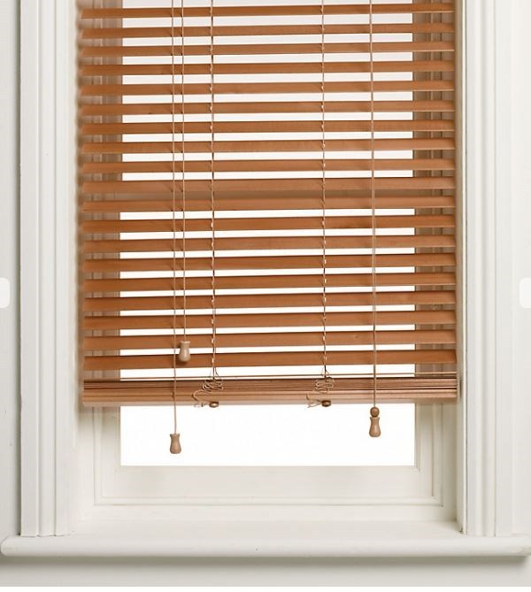 Venetian Blinds - Wooden or Aluminium? | Right Price Blinds