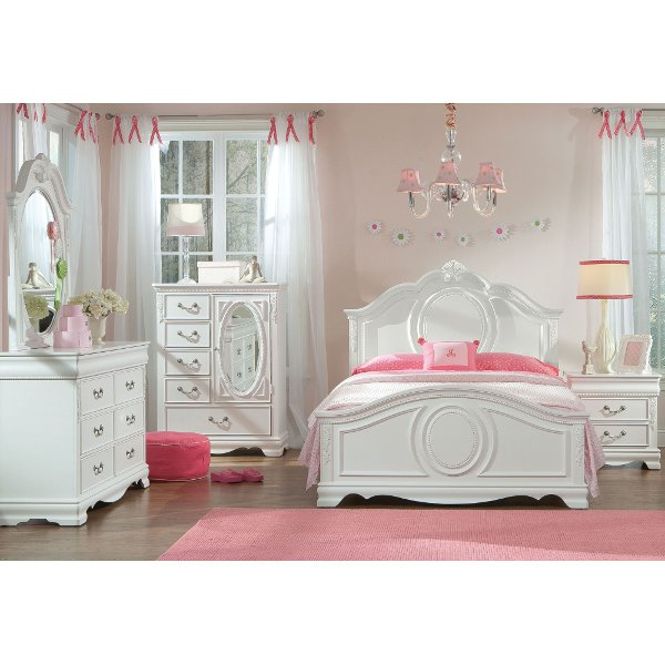 Bedroom sets in all sizes and styles - On Sale | RC Willey Furniture